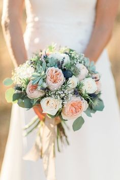 Wedding Bouquet Ideas: Rustic Garden Rose + Succulent - http://www.diyweddingsmag.com/wedding-bouquet-ideas-rustic-garden-rose-succulent/ #weddingbouquets | Photography: Anna Gazda