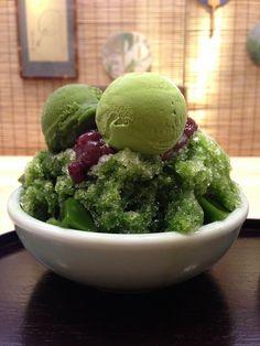 Matcha Ice Cream on Shaved Ice | Kyoto, Japan 抹茶かき氷