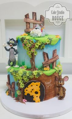 Tom and jerry cake Toppers by Natalija Petković Sheet Cake Designs, Fondant Cake Designs, Fondant Cakes, Cupcake Cakes, Tom And Jerry Baby, Tom Und Jerry, Gorgeous Cakes, Pretty Cakes, Birhday Cake