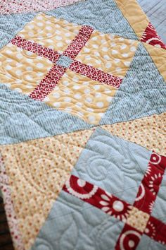 """""""Sweet Tea"""" by Sweetwater; pattern for pillow and quilt block."""