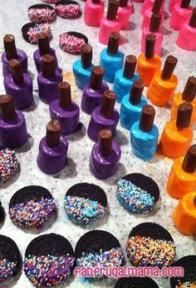 This would be fun for a girly party Fancy chocolate-covered marshmallow nail polish bottles and Oreos dipped in chocolate and sprinkles Birthday Party Snacks, Barbie Birthday Party, Barbie Party, Birthday Ideas, Paris Birthday, Kids Spa Party, Pamper Party, Sleepover Party, Pajama Party