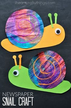Paint newspaper with watercolors and then turn it into this bright and colorful newspaper snail craft for kids. It is such a happy and cheerful craft and makes a perfect spring kids craft or summer kids craft. Garden Crafts For Kids, Spring Crafts For Kids, Projects For Kids, Kids Crafts, Art For Kids, Garden Kids, Summer Kids, Craft Kids, Spring Crafts For Preschoolers