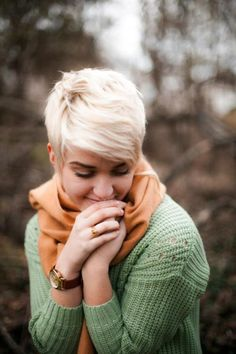 Mint Green knit sweater with pastel orange scarf and simple accessories. Love it! Almost makes me want to go blonde