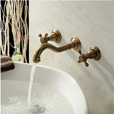 Antique Inspired Bathroom Sink Faucet Polished Br Finish T0459a