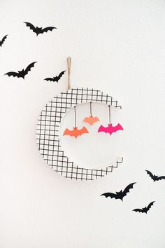 A Kailo Chic Life – Kailo Chic – DIY your way to a colorful life! Happy Halloween, Halloween Moon, Holidays Halloween, Halloween Party, Halloween Decorations, Decoration Party, Fall Decorations, Moon Decor, Halloween Projects