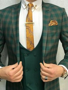 Florian Green Plaid Slim-Fit - World Fashion Week Costume Vert, Gilet Costume, Mode Costume, Indian Men Fashion, Mens Fashion Suits, Mens Suits, Blazer Outfits Men, Stylish Mens Outfits, Dress Suits For Men