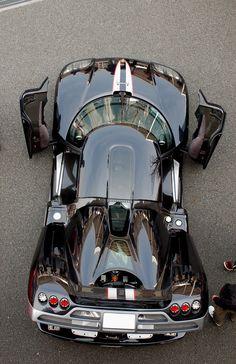 ღღ Koenigsegg CCX. Spotlight, redirect and focus attention so it doesn't skitter about http://youtu.be/bK7NUdh01WY More #Koenigsegg