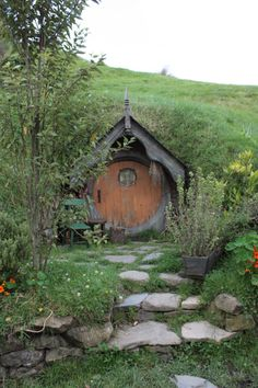 Hobbit house entry...