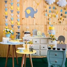 Baby Shower Themes Neutral, Baby Shower Yellow, Baby Shower Niño, Baby Shower Cakes, 2nd Birthday Party For Boys, Baby Shawer, Dream Baby, Baby Elephant, Table