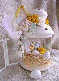 Basket flower arrangements diy ideas for 2019 Basket Flower Arrangements, Easter Table Decorations, Holiday Decorations, Deco Floral, Easter Holidays, Easter Wreaths, Spring Crafts, Easter Crafts, Happy Easter