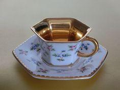 포슬린 on Pinterest | Bone China, Tea Cups and Royal Albert