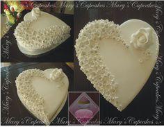 Cake Decorating Hearts – All Cakes Heart Shaped Cakes, Heart Cakes, Heart Wedding Cakes, White Wedding Cakes, Cake Icing, Cupcake Cakes, Beautiful Cakes, Amazing Cakes, Recipes Using Cake Mix