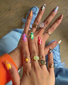 Semi-permanent varnish, false nails, patches: which manicure to choose? - My Nails Cow Nails, Aycrlic Nails, Hair And Nails, Cute Gel Nails, Zebra Nails, Bling Nails, Coffin Nails, Nail Swag, Uñas Fashion