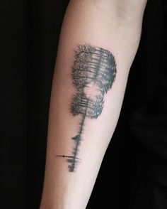 SHAWN MENDES CLOSE UP TATTOO MY BABY'S ALL GROWN UP, SHARE LIKE AND COMMENT