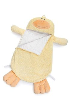 Daddles Duck Sleeping Bag is warm, fuzzy, and is easy to take on the go! Any young child will love to spend the night in the warmth of this plush sleeping bag! Daddles even rolls up and is easily carried for a great nights sleep away from home. Sewing To Sell, Sewing For Kids, Baby Sewing, Toddler Sleeping Bag, Toddler Bag, Sleeping Bags, Diy Ostern, Baby Play, Sleepover