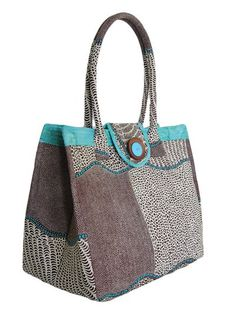 Sew Brooke's Bag - Perfect for Shopping or the Beach | PatternPile.com - sew, quilt, knit and crochet fun gifts!