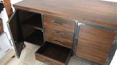 Mueble estilo industrial en madera y hierro