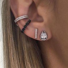 Piercing Tragus Argola Ear Cuffs Ideas For 2019 Eye Piercing, Cool Ear Piercings, Types Of Ear Piercings, Ear Piercings Tragus, Body Piercings, Cartilage Earrings, Piercing Tattoo, Ear Jewelry, Body Jewelry