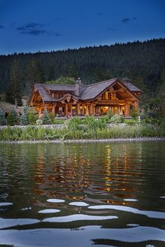 Timber Frame Homes, Timber House, Ideas Cabaña, Casas Country, Log Cabin Homes, Log Cabins, Log Home Interiors, Log Home Decorating, Mountain Homes