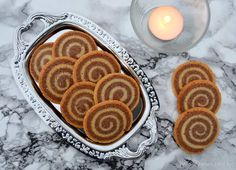 Spiral småkager - opskrift på de fineste småkager - madenimitliv.dk Food Porn, Danish Food, Food Picks, Xmas Food, Pastry Cake, Love Cake, Food Inspiration, Christmas Cookies, Lchf