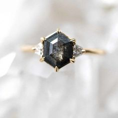 Non-traditional Engagement Rings We Love salt and pepper black diamond ring by Grew & Co.salt and pepper black diamond ring by Grew & Co. Unusual Engagement Rings, Black Diamond Engagement, Vintage Engagement Rings, Solitaire Diamond, Black Diamond Wedding Rings, Solitaire Rings, Halo Engagement, Black Diamond Jewelry, Unusual Wedding Rings