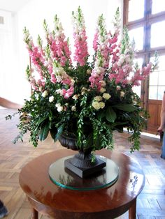 flowers at Chateau Chenonceau
