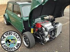 All wheel drive Honda Type R Vtec powered. I soooo want one! Mini Cooper Classic, Mini Cooper S, Classic Mini, Classic Cars, Honda Type R, Mini Morris, Honda Vtec, Minis, Car Hd