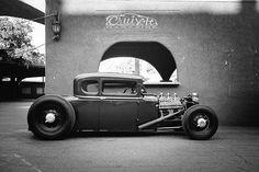 "ohsoretroevents: "" Anyone use Tumblr? We have just hit 1,000 followers! @ohsoretroevents Www.OhSoRetro.co.uk #OhSoRetro #hotrod #hotrods #cars #carporn #v8 #stance #slammed #low #lowered #oldskool #classiccar #classiccars #retro #retrocars #yank..."