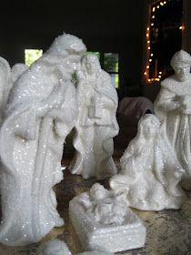 Holiday Fun, Holiday Decor, Christmas Nativity, All That Glitters, White Wood, Vintage Christmas, Woods, June, Sculpture