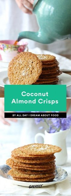 8 Keto Crackers So You Can Still Get Your Snack Fix Low-Carb Coconut Almond Crisps Keto Foods, Keto Snacks, Diabetic Snacks, Paleo Meals, Paleo Food, Paleo Diet, Healthy Meals, Low Carb Sweets, Low Carb Desserts