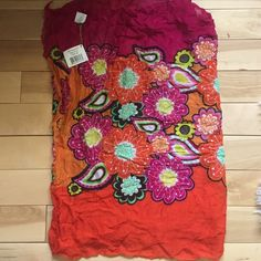 NWT Vera Bradley Scarf Ziggy Zinnia NWT Vera Bradley Ziggy Zinnia Soft Fringe Scarf. In perfect new condition. 100% Rayon material. Perfect for summer! Vera Bradley Accessories Scarves & Wraps