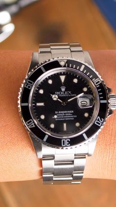#submariner #rolex #rolexsubmariner #menswatch #wristroll #luxurywatch Used Rolex Submariner, Men's Watches, Watches For Men, Authentic Watches, Rolex Gmt Master, Expensive Watches, Overnight Shipping, Oyster Perpetual, Vintage Rolex