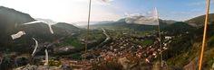 Vue du Buëch de la Pignolette, Serres, Hautes-Alpes, Provence Week End, Provence, Vineyard, Nature, Travel, Outdoor, Green Houses, Mountains, Fall