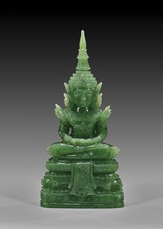 spread of buddhism- Jade Buddha, jade in china Le Jade, Jade Green, Belleza Natural, Chinese Art, Coral, My Favorite Color, Asian Art, Art Pieces, Carving