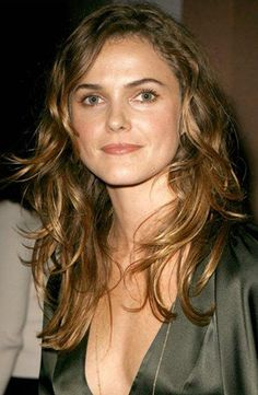 """Keri Russell.. Love her. I just want to take this photo to my hairdresser and say, """"give me this!"""""""