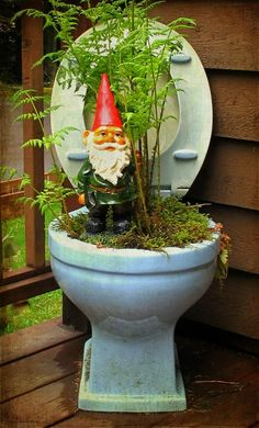 #pottery #pots #planters #containers  Toilet planter. This just made me smile