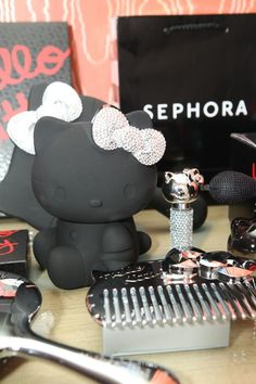 Sephora Hello Kitty Noir Hotel Suite Accessories