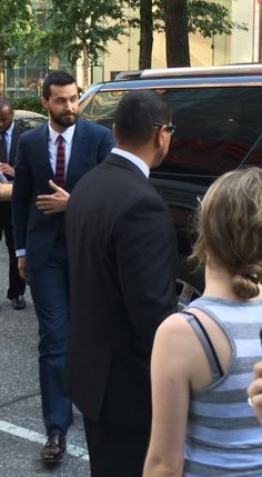 Fan account from ITS Premiere - Marie Astra     (Obsessive behavior WP) http://marieastra8.wordpress.com/2014/08/05/into-the-storm-premiere-nyc-i-was-there-part-one/