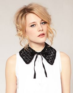 Crochet collars are back in
