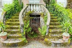 Altamount Gardens, Tullow, Co Carlow, Ireland, Courtyard garden, one of the most romantic gardens in the world.