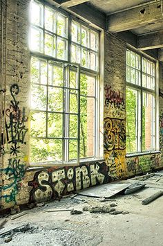 923 Graffiti Abandoned Building Backdrop