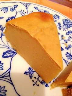 楽天が運営する楽天レシピ。ユーザーさんが投稿した「サツマイモと牛乳のヘルシーケーキ」のレシピページです。しっとりして美味しいです♫スイートポテトみたいです☆焼きたても美味しいし、冷やしても美味しいですよ~!。サツマイモと牛乳のヘルシーケーキ。さつまいも,砂糖,小麦粉,牛乳,卵