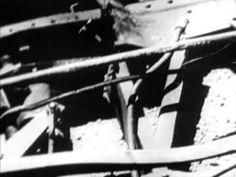 1940's Train Derailments & Train Crash Documentary - The Mole - CharlieDeanArchives     http://youtu.be/fkJvL-jv72U