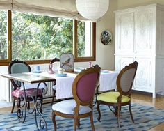 Classic Dining Room Design With Large Sliding Windows Interior Retro Style Retro style interior design still trend now Interior Design http://seekayem.com
