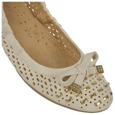 Naturalizer  Women's Ulysses Flat at Famous Footwear