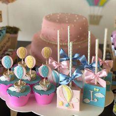 Balões para o chá de fraldas da Lara❤ #festabalao #docesmodelados #docespersonalizados #chadefraldas #balao #pirulitodechocolate #pirulitospersonalizados #cupcakes #cupcakespersonalizados #bolotrufado