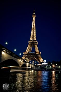 When in Paris we didn't get to see the city in lights, so I love this!