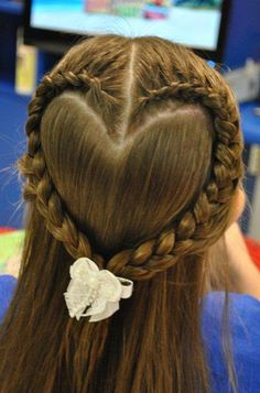 heart braid for a little girls Valentines Day hair! I will have to bribe Kayla with buckets of chocolate to do this.Perfect heart braid for a little girls Valentines Day hair! I will have to bribe Kayla with buckets of chocolate to do this. Flower Girl Hairstyles, Pretty Hairstyles, Braided Hairstyles, Wedding Hairstyles, Brunette Hairstyles, Funky Hairstyles, Updos Hairstyle, Hairstyle Tutorials, Amazing Hairstyles