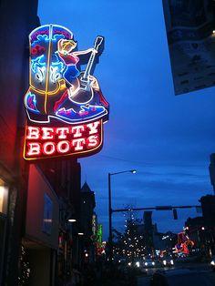 Memphis, TN