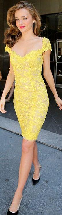 Miranda Kerr: Dress – Reem Acra  Shoes – Lanvin